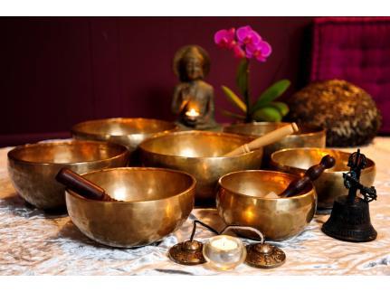 Звукотерапия с тибетски купи